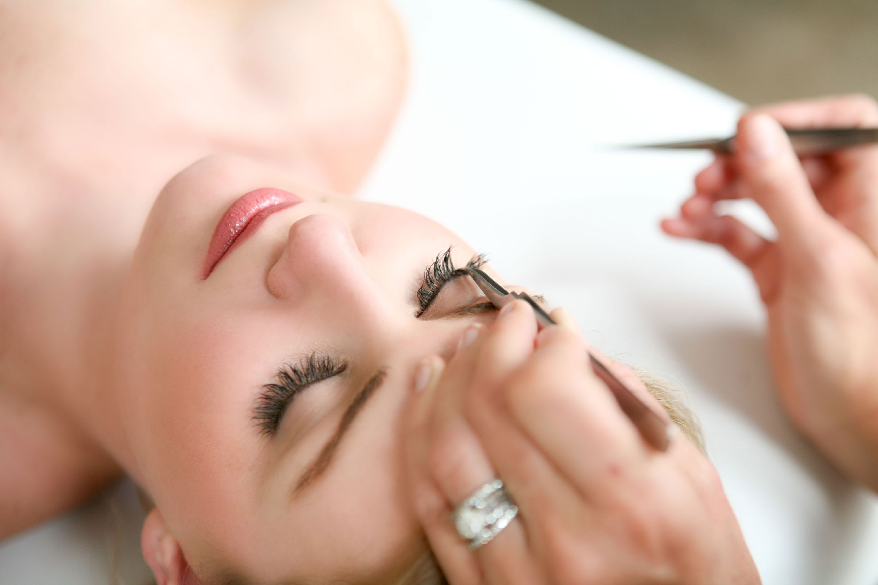 eyelash_extensions_home_page
